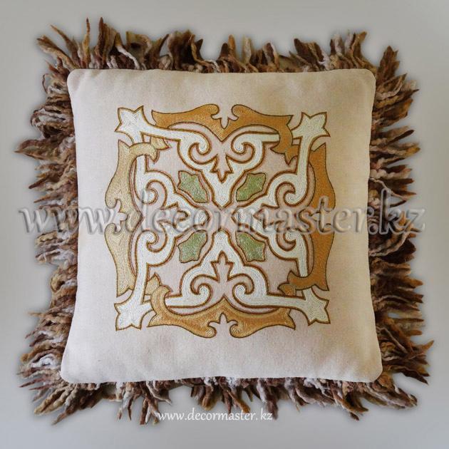 Вышивка казахским орнаментом